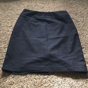 Denim pencil skirt w/ front right pocket, side zip